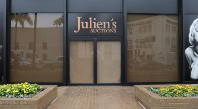 Julien's Auction