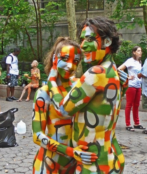 Brazil day turns new york green and yellow times square for Body paint party city