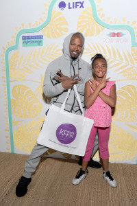 LOS ANGELES, CA - FEBRUARY 25: Actor Jamie Foxx (L) and guest attend Kari Feinstein's Style Lounge presented by LIFX on February 25, 2016 in Los Angeles, California. (Photo by Angela Weiss/WireImage)