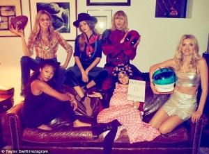 Gigi Hadid, Kennedy Raye, Martha Hunt, Bela Hadid,  Camila Cabello, Lily Donaldson
