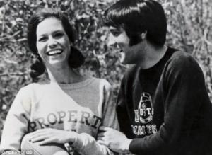 Mary Tyler Moore, Elvis Presley