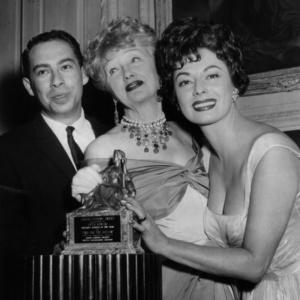Ruth Roman, Budd Burton Moss, Hedda Hopper