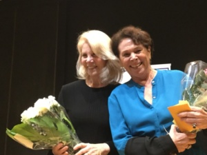 Daryl Roth, Linda Weiner