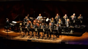 The Jazz at Lincoln Center Orchestra , Wynton Marsalis