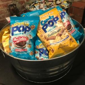 Cookie Pop Popcorn, Butterfinger, Oreo