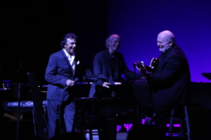 Johnny Mathis, Scott Lavender, Gil Reigns