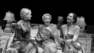 Allison Pill, Glenda Jackson, Laurie Metcalf