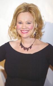 Caroline Rhea