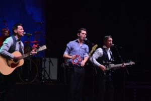Ryan Kelly, Damian McGinty, Neil Byrne