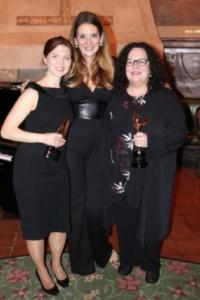 Julianne Wicks Davis, Rebecca Steinberg,Laurie Sanderson
