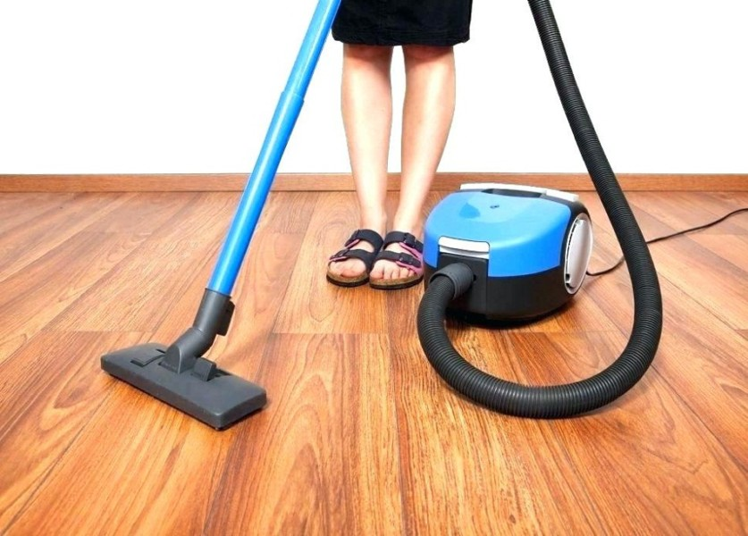 Features to Look In a Vacuum Cleaner for Hardwood Floors | Times Square Chronicles