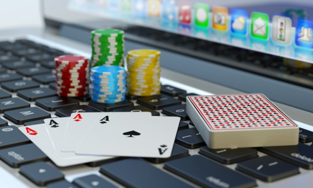 Why You Should Start Playing Poker Online Today – Times Square Chronicles