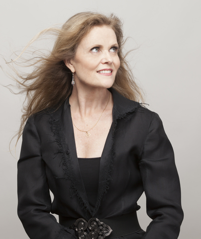 Revered jazz vocalist Tierney Sutton makes her Café Carlyle debut, March 19-23. An 8-time Grammy nominee over the course of her esteemed career, Sutton has received seven consecutive nominations for Best Jazz Vocal Album – one for every project she has released over the last decade. In 2013 she released After Blue, a jazz-inspired re-imagining of the legacy of Joni Mitchell. The […]