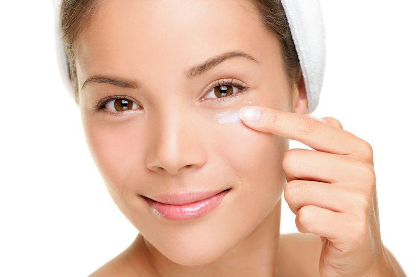 dry patch on skin under eye