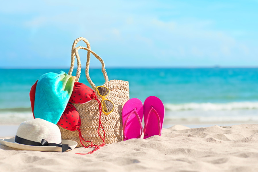 Your Beach Vacation Packing List: 5 Things Everyone